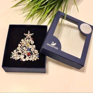 Vintage Swarovski Crystal ChristmasTree Brooch pin